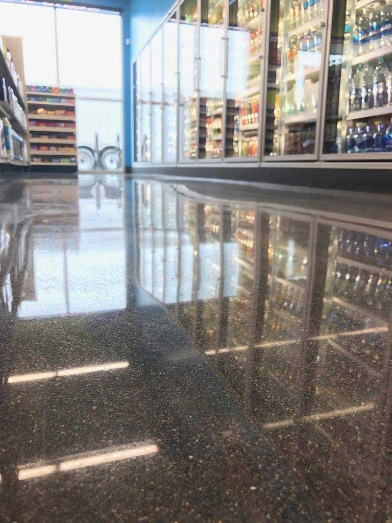 hy vee c store floor